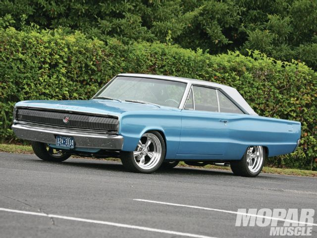 1966 Dodge Coronet - Amazing Grace - Mopar Muscle Magazine
