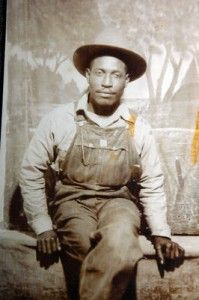 Liberty, Mississippi 1961-1964 | Louis Allen (1919–1964) a farmer and timber worker with a family, living in Liberty, Mississippi, was gunned down in his driveway after being suspected of talking to federal officials about the 1961 murder of a Black man, Herbert Lee, by E.H. Hurst, a white Mississippi state legislator, in Sept.1961.  No one was arrested for his murder.
