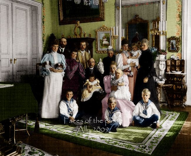 Standing from the left: Princess Alexandra of Wales, Prince Valdemar of Denmark, Dowager Empress Maria Fyodorovna of Russia, her son Tsar Nicholas II., Queen Louise of Denmark, Princess Victoria of England holding little Prince Viggo of Denmark and Princess Maria (wife of Valdemar).Sitting are: King Christian of Denmark with Princess Margarether and Empress Alexandra of Russia with Grand Duchess Olga.Children on the floor: Prince Axel, Prince Erik and Prince Aage of Denmark.