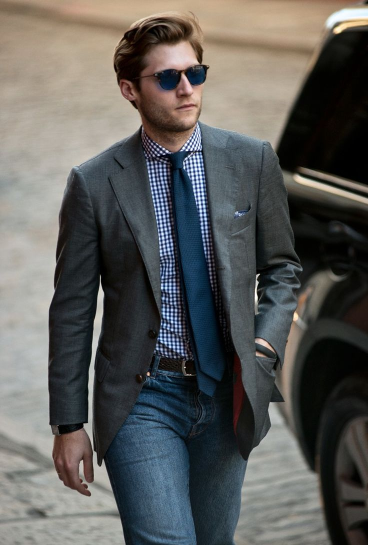 Get the latest fashion tips and best solutions for common style problems from Classy Men Collection. Look awesome all the time with ease. Visit us for more!