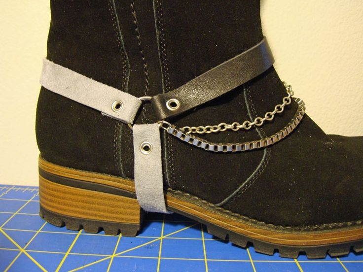 Make your own boot harness.