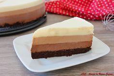 Una golosa torta fredda ricca di cioccolato...torta al triplo cioccolato di Ernst Knam, semplicemente deliziosa! Scopri la ricetta!