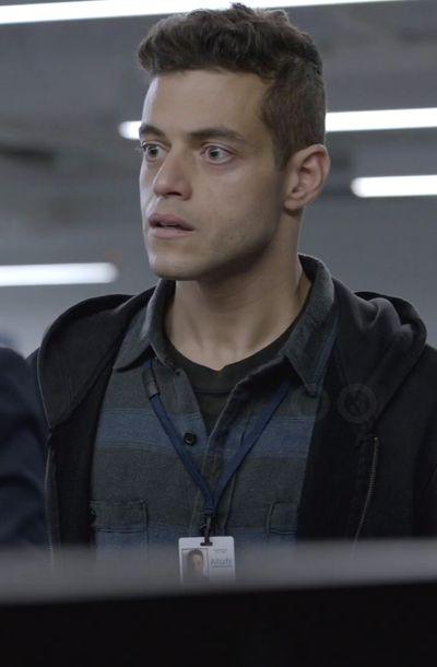 Elliot Alderson in Mr. Robot S01E01