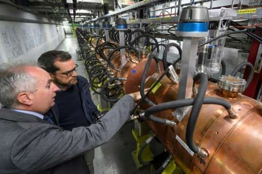 Europe's top physics lab CERN has launched a new  particle accelerator to connect to its Large Hadron Collider proton smasher, in an attempt to uncover new particles & prove the existence of extra space-time dimensions. The Geneva lab has long voiced hope that an enhanced LHC may help uncover new particles, possibly proving the existence of extra space-time dimensions - https://phys.org/news/2017-05-lab-cern-key.html?utm_source=nwletter&utm_medium=email&utm_campaign=daily-nwletter