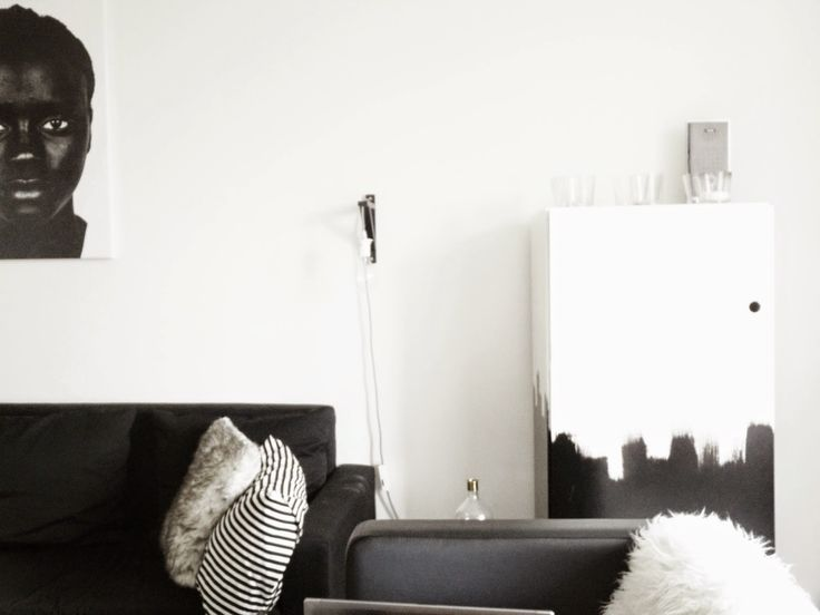 DIY Black and white cupboard. give your old (ugly) furniture an upgrade