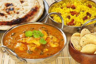 Looking for some of the fantastic Indian restaurants in Mississauga  and Indian Restaurants in Oakville or any other city, then a perfect way to find the best restaurant serving these and other tasty Indian dishes is to route to online restaurant guide like dinepalace.com.