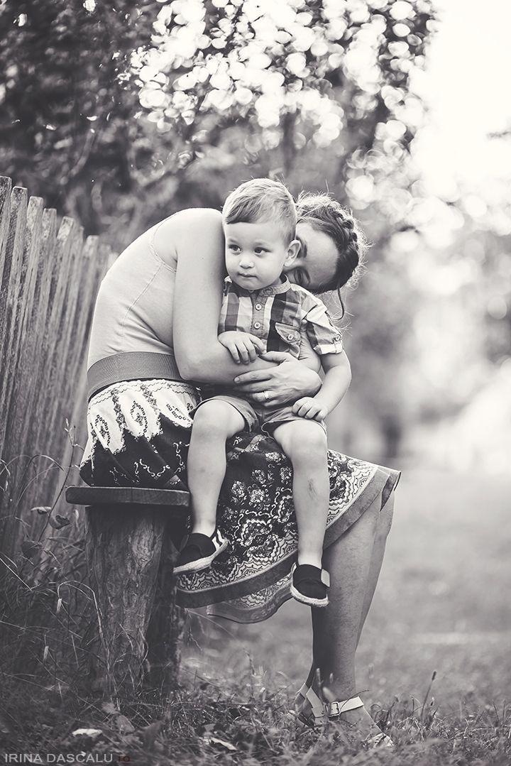 Sedinta foto de familie - Muzeul Satului - Irina Dascalu Photography - Irina Dascalu Photography