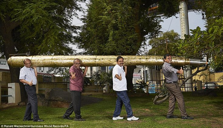 Acharya Makunuri Srinivasa, 56, from Nizamabad, India, features in the Guinness World Records 2016 edition for the longest ballpoint pen at 5.5m (18 ft 0.53 ins) long and weighing 37.23kg (82.08lb 1.24oz)