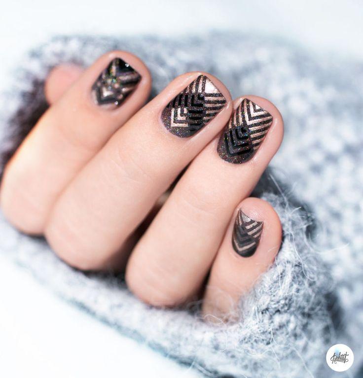 Nail art géométrique d'automne rose gold