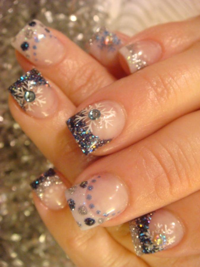 Snow Day.  Nail art. Sparkled christmas nails.