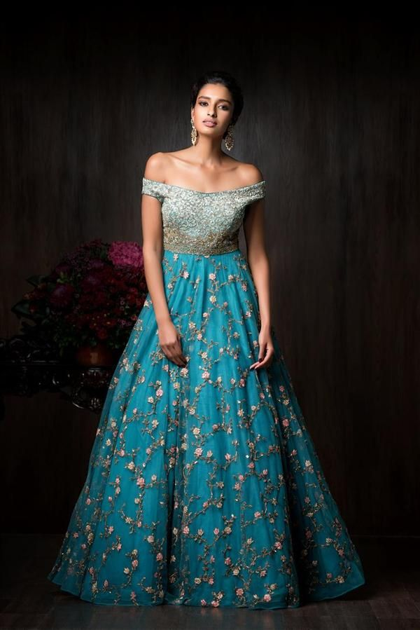 Https Www Stylizone Com Collections Designer Dresses Stylizone