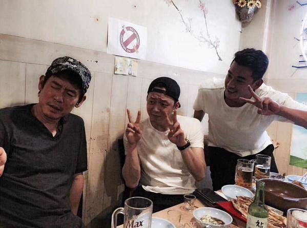 C-JeS instagram update: Yuchun with Sol Kyung-Gu and Jung Suk-Won
