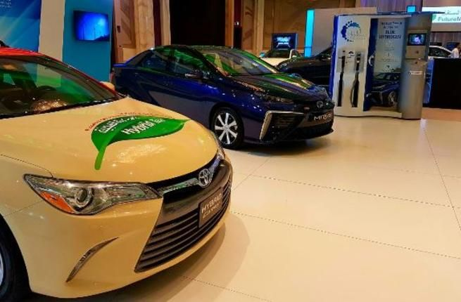 Emirats arabes : Dubaï convertit ses taxis à la voiture hybride