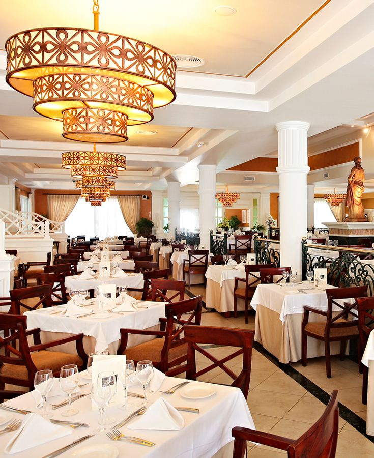 BELLA ITALIA RESTAURANT. Indulge in traditional age-old recipes, with a modern flare. Try any of our delicious meals including lasagna, beef tagliata Florentine, or honey lamb chops. #ExperienceBPPC #BahiaPrincipe #PrivilegeClub #DominicanRepublic