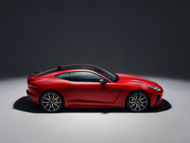 Jaguar Is Refreshing the Already-Gorgeous F-Type for 2018 - Maxim