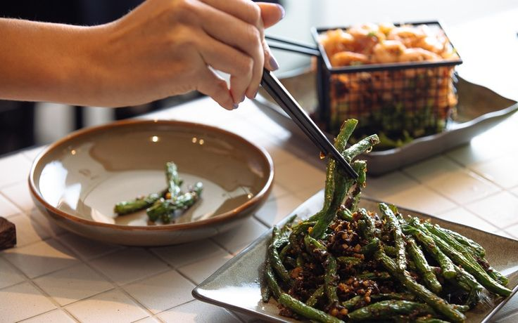 HuTong brings traditional Chinese into contemporary dining with its new restaurant.