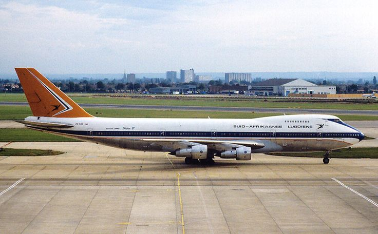 South African Airways B747-200 Old Livery
