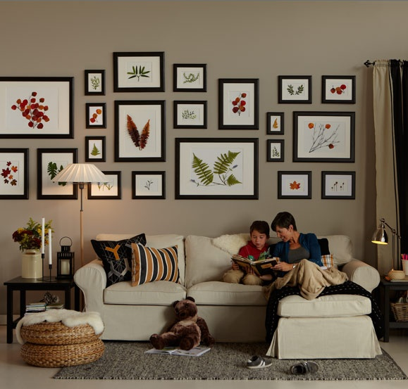 18 best picture arrangements images on pinterest picture for Arrangement of photo frames on wall