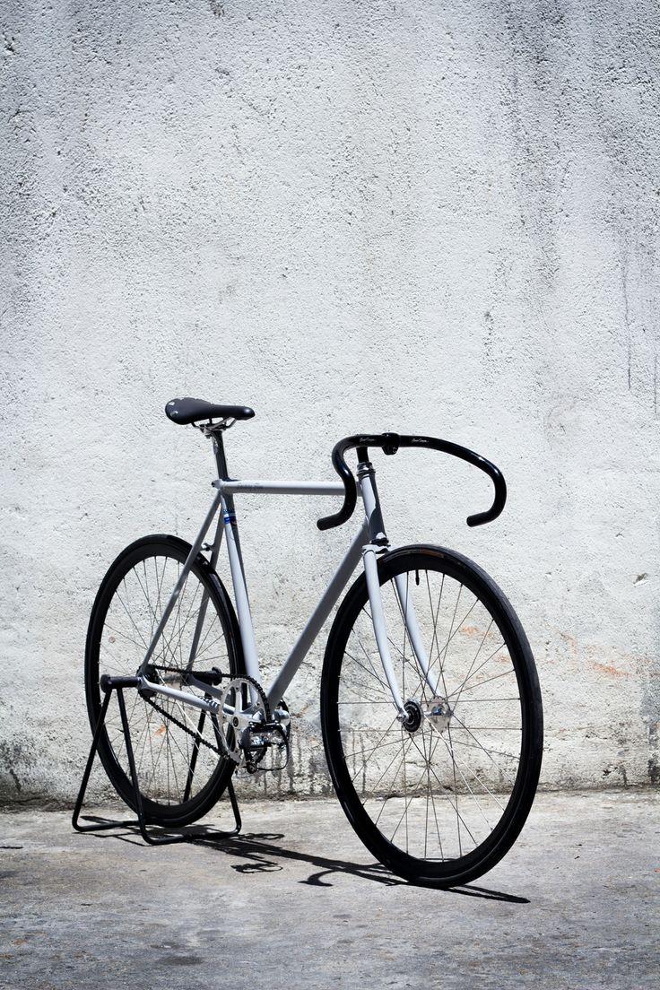 Matte grey F5 Pista track bike build #factoryfive #fixedgear #factory5 #fixie #trackbike #shanghai #china #webuildweride #custom #F5pista #steel #columbus #bicycle #vintage #classic #matte #handbuilt