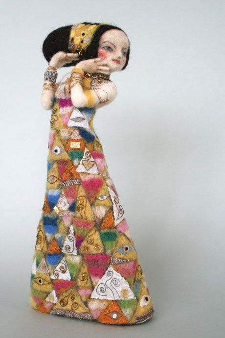羊毛倉庫の日々  Character Doll after Gustav Klimt Painting