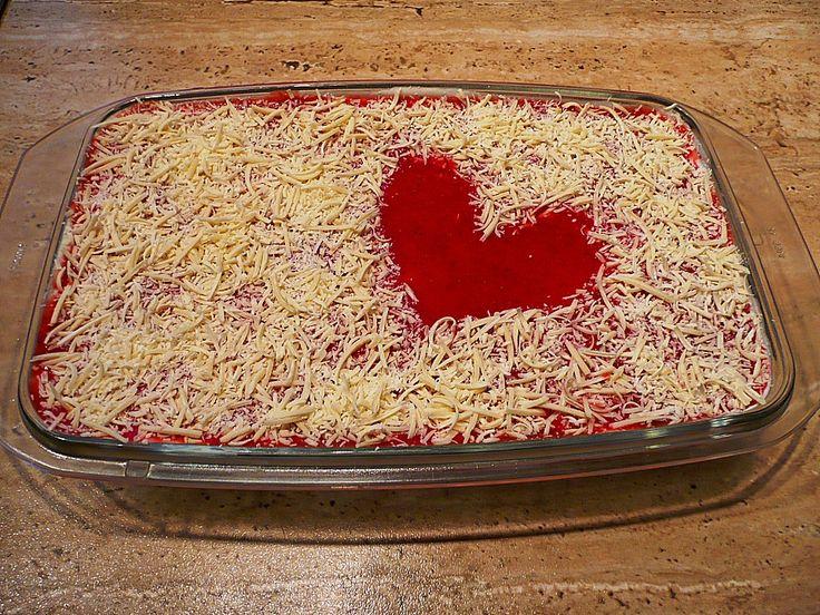 Erdbeerlasagne, ein beliebtes Rezept aus der Kategorie Dessert. Bewertungen: 145. Durchschnitt: Ø 4,4.