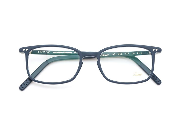 New for this season is a completely new colour from Lunor. Gorgeous!