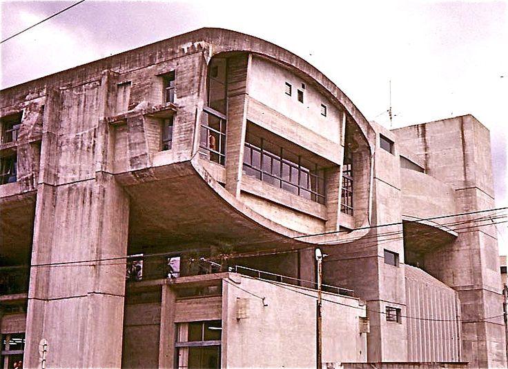 1960 ARATA ISOZAKI 大分県医師会館