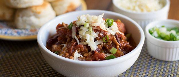 Komt gewone chili con carne zo langzamerhand je strot uit? Dit recept maakt hem weer spannend!