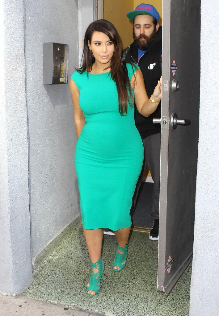 Pictures of People Looking at Kim Kardashian's Butt | POPSUGAR Celebrity
