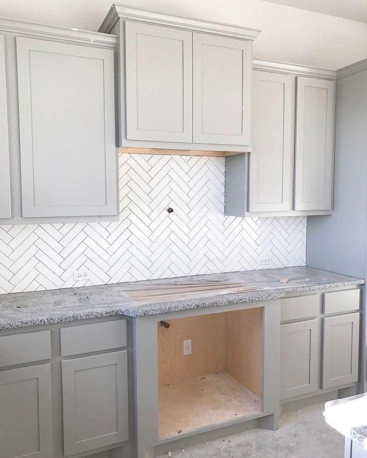Stunning Kitchen Backsplash Ideas for Neutral Color Kitchen Designs Part 36