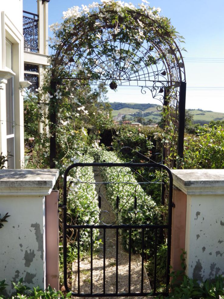 Arch entry to the front garden