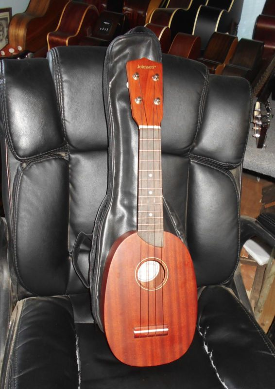 Johnson UK-140 Soprano Pineapple Ukulele Uke with Gig Bag - http://musical-instruments.goshoppins.com/string-instruments/johnson-uk-140-soprano-pineapple-ukulele-uke-with-gig-bag/