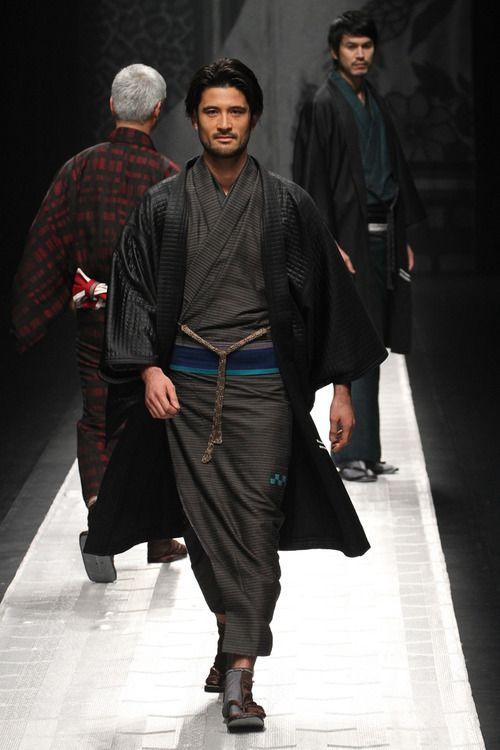 [No.3/109] JOTARO SAITO 2013~14秋冬コレクション | Fashionsnap.com