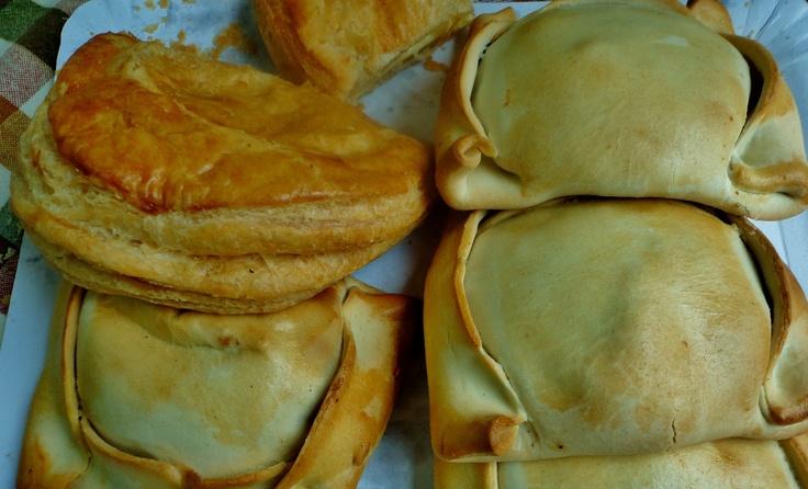 Chilean Food: EMPANADAS DE PINO Y QUESO