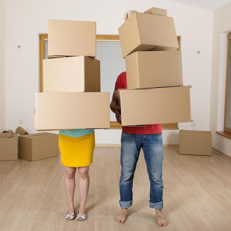Couple boîtes déménagement