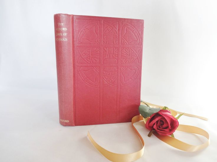 The Oxford Book of Carols By Dearmer, Williams and Shaw / 1961 Oxford University Press / Includes Over 200 Carols / In Very Good Condition