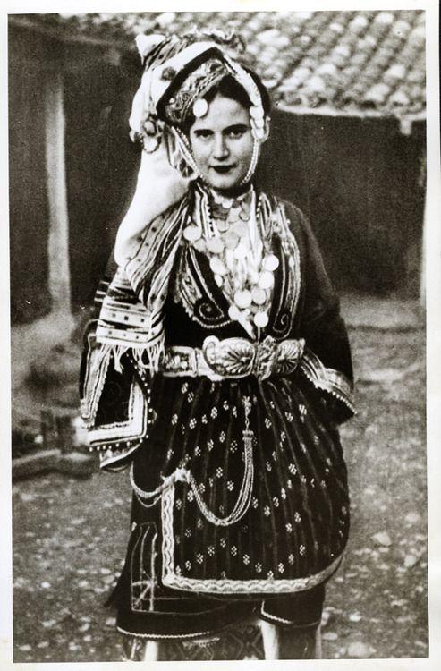 Photo of a woman wearing the bridal costume of Episkopi, Imathia, Macedonia. Early 20th century  © Peloponnesian Folklore Foundation, Nafplion, Greece