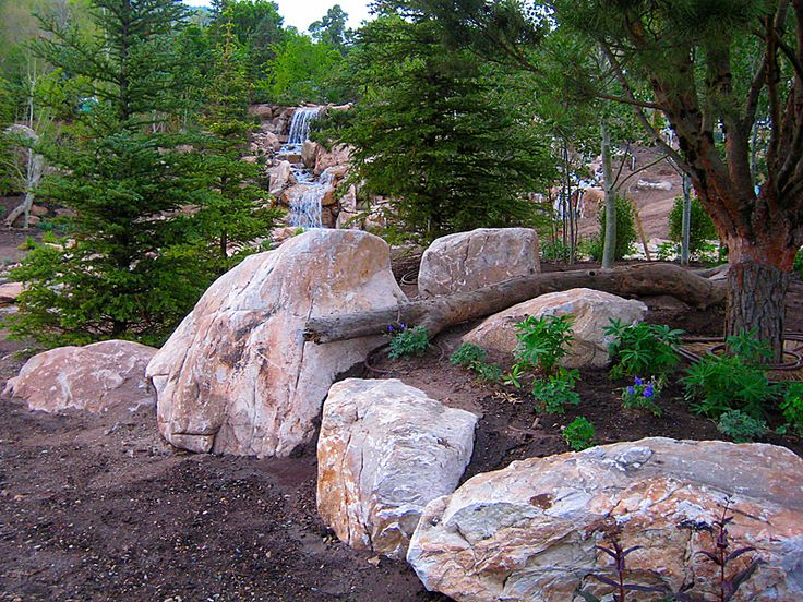 Roscksapes Utah offers a wide range of landscaping rocks available for sale or professional installation.