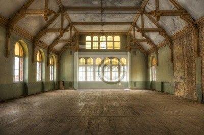 Fotobehang Oude hal in een verlaten ziekenhuis in Beelitz