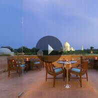 360° View of The Bar at The Oberoi Amarvilas, Agra