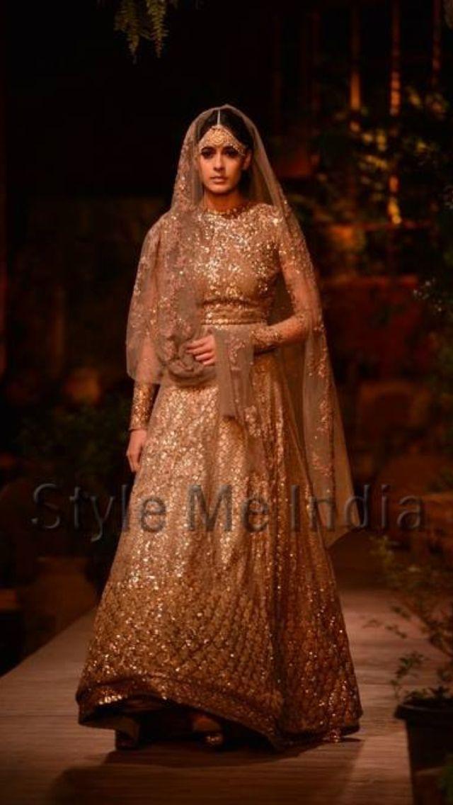 Stunning Sabyasachi Bridal lehenga