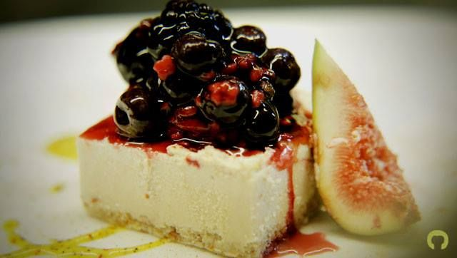 Home-made Cheesecake with fresh berries. An excellent choice! www.Cookapp.com