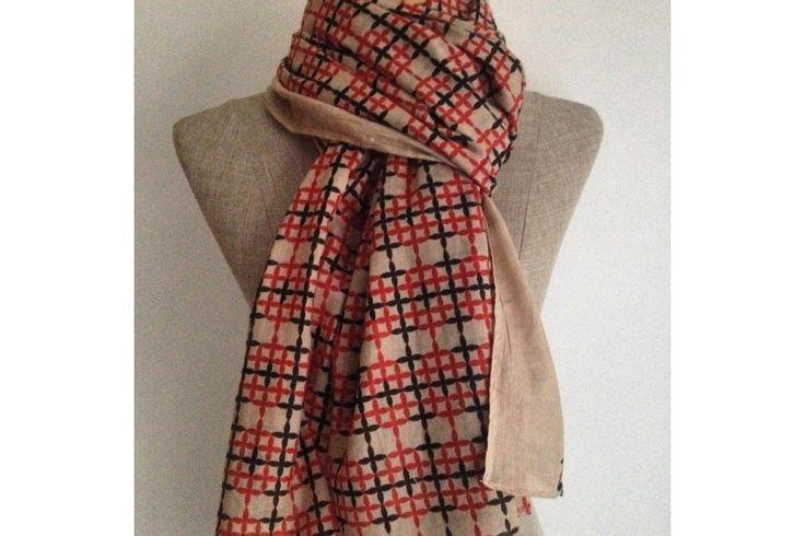 Marre des écharpes trop petites ? Adoptez cette écharpe pour homme de grande longueur et largeur en coton ultra douce et chaud.