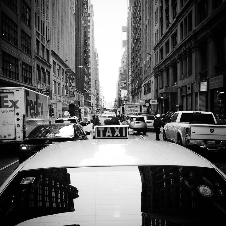 Uber doesn't look that good on photos.  #nyc #newyork #newyorkcity #manhattan #yellowcab #taxi #cab #uber #traffic #street #streetlife #streetphotograhy #blackandwhite #citylife #urbanlife #pickup #fedex #skyline #skyscraper #skyrise #highrise #newyorkphoto #travel #iloveny