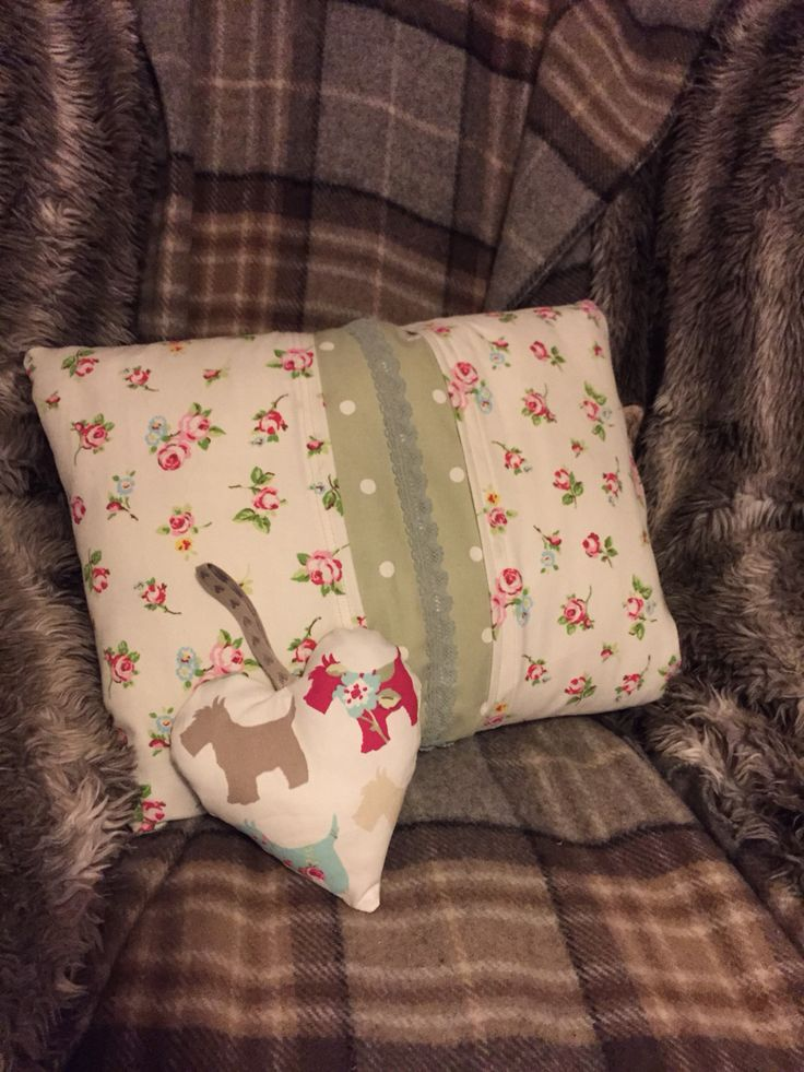 Handmade with love  Ditsy cushion and padded heart