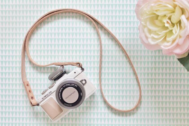 Olympus Pen - The Bloggers Camera....want this camera