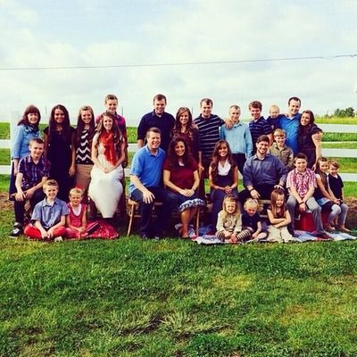 Don't care who you are, I love this family! Duggar Family #19kidsandcounting