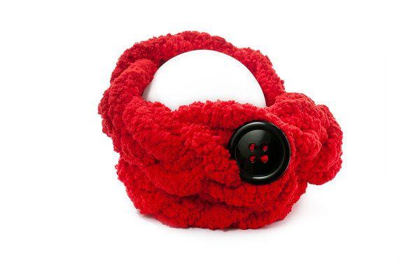 Treccione rosso morbidissimo con bottone nero di AlmaLadra su Etsy