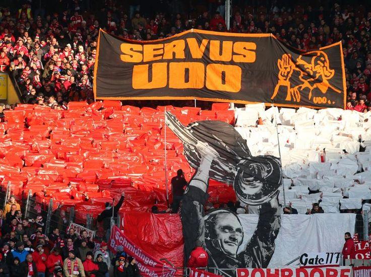 Tolle Geste: Bayern-Fans ehren Udo Lattek († 80)   FC Bayern
