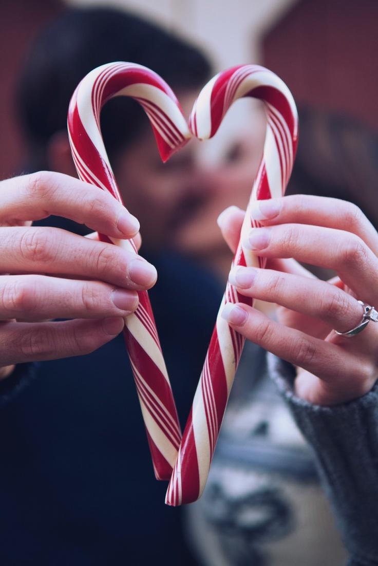 Christmas couple/engagement shoot. Photographer:Courtney Vandergrient